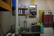 Dirty-room-sink-2015-05-04.jpg